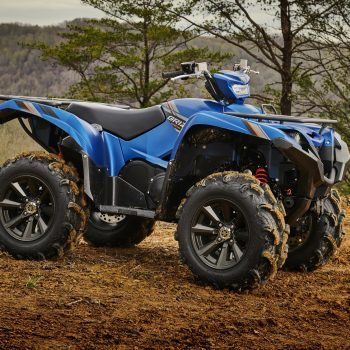Yamaha_Grizzly_700_SE_Midnight_Blue_2020_Action_1